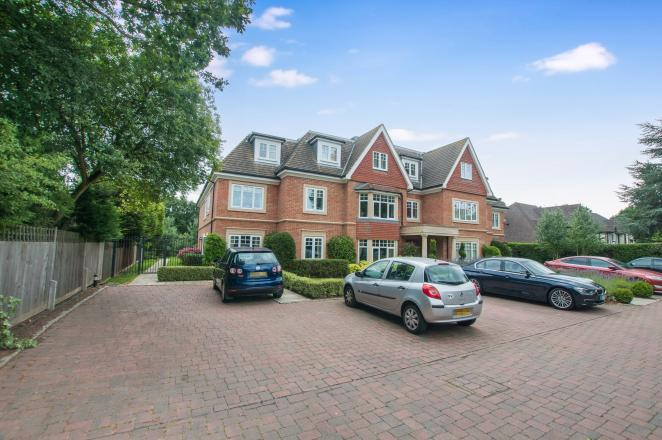 2 Bedroom Property To Rent In Maidenhead 163 1 550 00pcm With