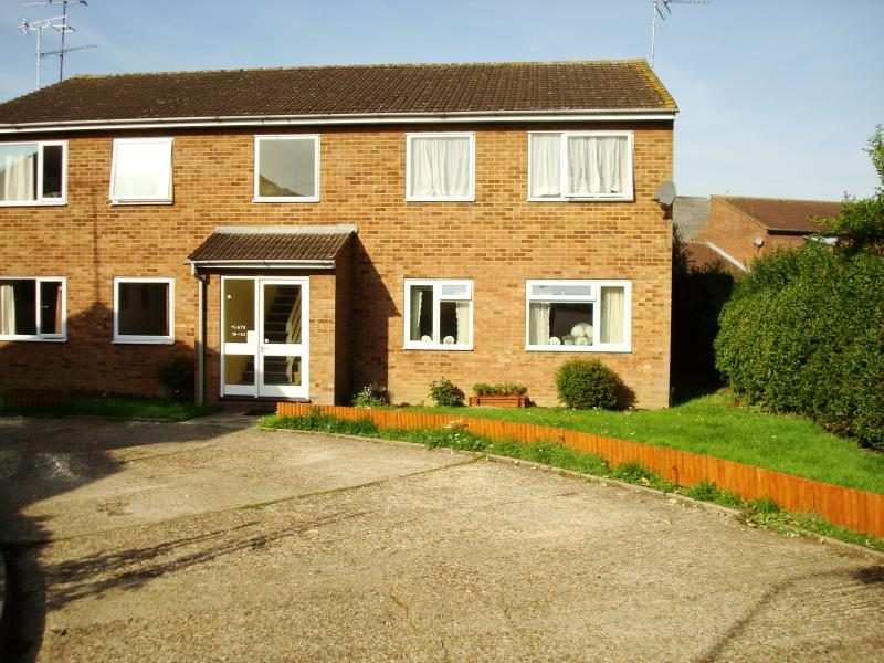 2 Bedroom Property To Rent In Stevenage 163 775 00pcm With