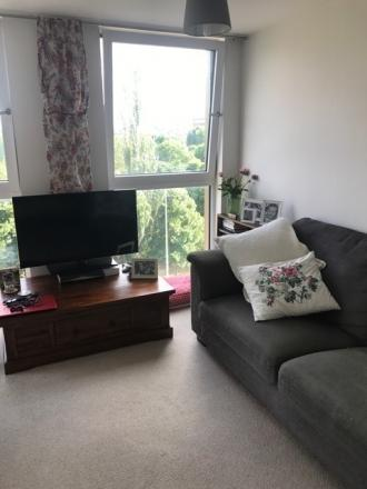 14 Coppermill Heights London N17 9FG 1 bedrooms Flat/Apartment