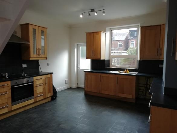 6 Gladstone Street Stockport SK2 7QF 3 bedrooms Terrace